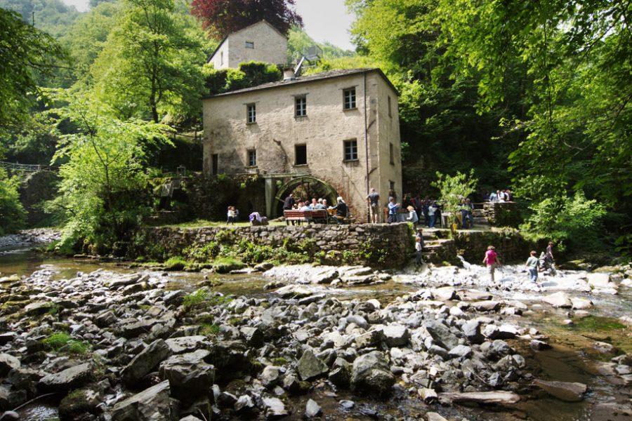 Mulino di Bruzella è aperto e in attività